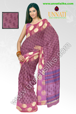 This banarasi supernet Happy Hyacinth pink with Dharwadi line saree is both contemporary and cosy